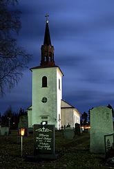 Fil:Häggenås kyrka Höst.jpg