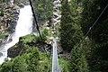 Hängebrücke und Treppenanlage am Stuibenfall.jpg