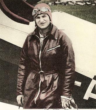 Hélène Boucher - Hélène Boucher as a pilot