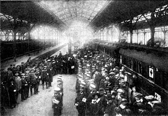 Lübeck Hauptbahnhof - Departure of the hospital train from Lübeck on October 27, 1914