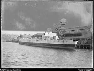 HMAS Sydney (1912) - Sydney being scrapped, 1929