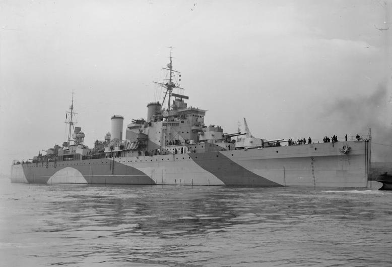 HMS London tow