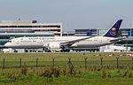 HZ-ARB Saudia B787 Dreamliner (28338503091).jpg