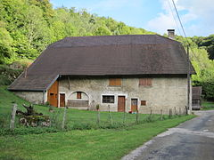 Habitation traditionnelle Jura 009.jpg