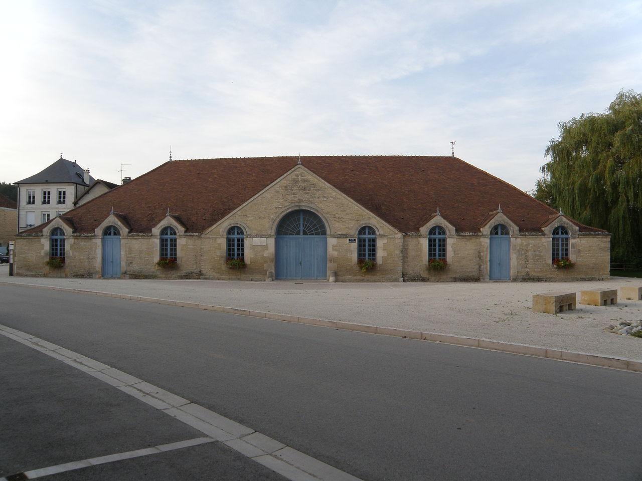 Halle de Ricey-Haut01.JPG
