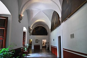 Museo Nacional del Virreinato - One of the hallways of the college complex
