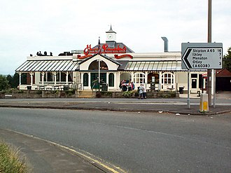 Harry Ramsden's in Guiseley Harry Ramsden's at White Cross - geograph.org.uk - 32382.jpg