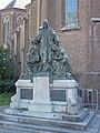 Heilig Hartmonument bij Sint Trudokerk Eindhoven.JPG