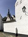Het begijnhof van Kortrijk met op de achtergrond de Sint-Martinuskerk - 375734 - onroerenderfgoed.jpg