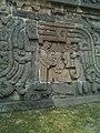 Hombre Maya en el Templo de la Serpiente Emplumada.jpg