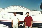 Homens no aeroclube (16749531484).jpg