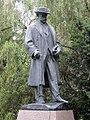 Hronov socha Jirasek 2.JPG