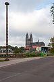 Hubbrücke (Magdeburg).östlicher Zugang mit Dom und Bushaltestelle.ajb.jpg