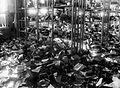 Hyppösen kenkätehtaan ryöstetty varasto Tampereella (26364614454).jpg