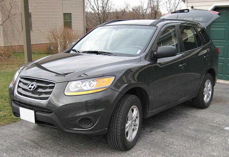File:Hyundai Santa Fe facelift 2010.jpg