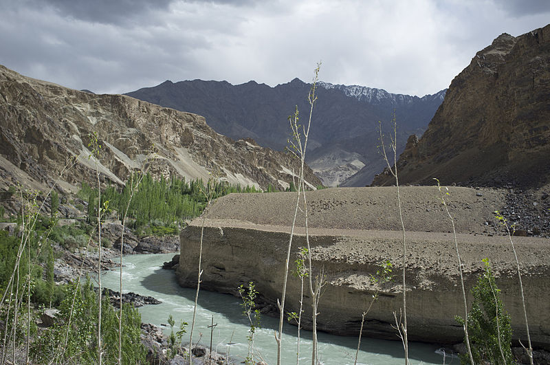 Indus river near Leh.jpg