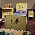 Industria veneziana mobili laccati, stanza di pinocchio (cameretta da bambino), 1928 (wolfosniana) con giocattoli d'epoca della coll. giocattoli antichi roma capitale 06.jpg