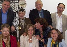 International Media Council Delegation with Yasser Arafat in November 2004.jpg