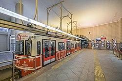Istanbul asv2020-02 img01 Tünel Karaköy station.jpg