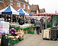 It's Thursday so it's Market Day in Wendover - geograph.org.uk - 1231716.jpg