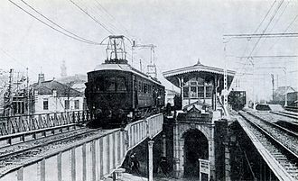 Keihin-Tōhoku Line - A test train on the Keihin Line at Yurakucho Station around 1914