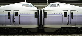 E351 series - Coupled gangwayed ends at Shinjuku Station in March 2007