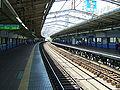JREast-kannai-platform.jpg