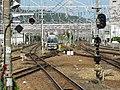 JR Takatsuki Station platform - panoramio (9).jpg