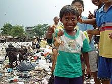 Niños pobres de Jakarta, Indonesia.