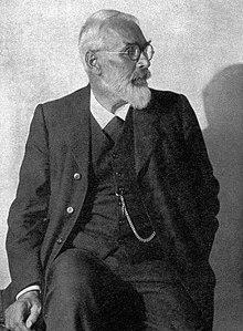Jakob Bosshart (1862–1924) teacher and writer.  Photograph by Camill Ruf, 1920