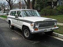 Jeep Cherokee SJ Chief S f.jpg