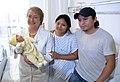 Jefa de Estado entregó ajuares con nuevos implementos a beneficiarios del programa de apoyo al recién nacido (17079532722).jpg