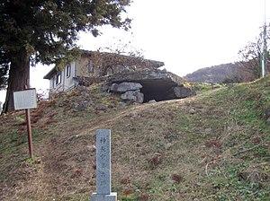 Moreya - The Jinchōkan-ura Kofun (神長官裏古墳) in the Moriya estate in Chino, Nagano. The 7th century tomb is linked with Mononobe no Moriya's supposed son Takemaro in family lore.