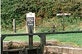 Johnson Hillock Locks - Signpost - geograph.org.uk - 1077629.jpg