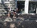 Jongetje met loopfiets in Amsterdam 2009.jpg