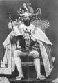 Jorge V en traje ceremonial.png