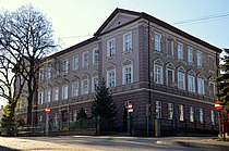 Königin-Sophia-Gymnasium Gebäude Sanok.JPG