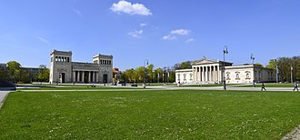 Königsplatz, Munich - Propyläen (left) and Glyptothek (right) at the Königsplatz