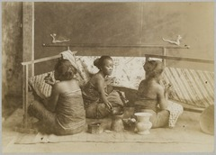 KITLV 12055 - Kassian Céphas - Three women working at batik, presumably at Yogyakarta - Around 1880.tif