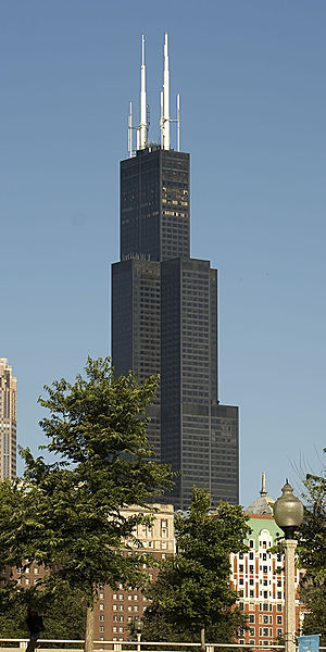 Skyscraper design and construction - The Willis Tower showing the bundled tube frame design