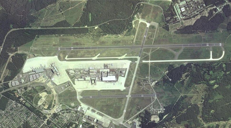 Koeln-Bonn-Airport14.jpg