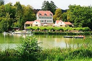 Teichhaus am Großen See im Bad Nauheimer Kurpark