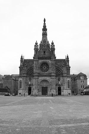 Sainte-Anne-d'Auray - Image: La basilique Sainte Anne