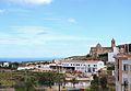 La mar i l'església del Poble Nou, Marina Alta.JPG