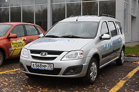 Lada Largus in Tomsk.JPG