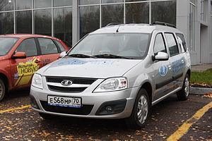 Lada Largus - Image: Lada Largus in Tomsk