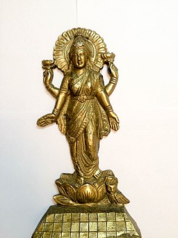 Laxmi Images - An image of Goddess Laxmi - the Hindu Goddess of wealth and prosperity
