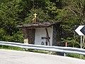Levico Terme - Capitello lungo la strada per Vetriolo.jpg