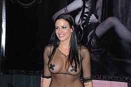 Lexi Lapetina at Exxxotica Miami 2009 (1).jpg