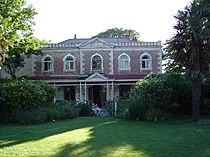 Linwood House, 2003.jpg